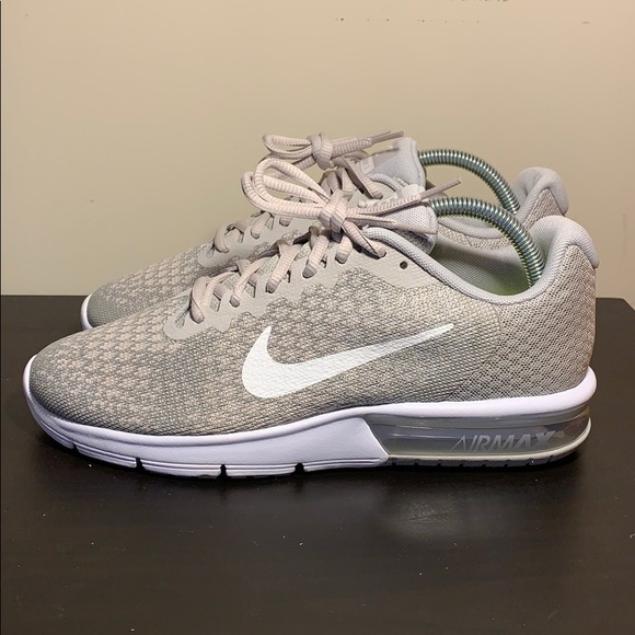 55d54530d47321 Women s Nike Air Max Sequent 2. M 5c746b1295199678b7f06c14